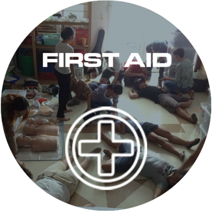 FIRST AID ICON CIRCLE